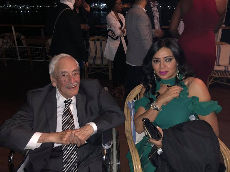 رانيا يوسف مع الفنان الراحل