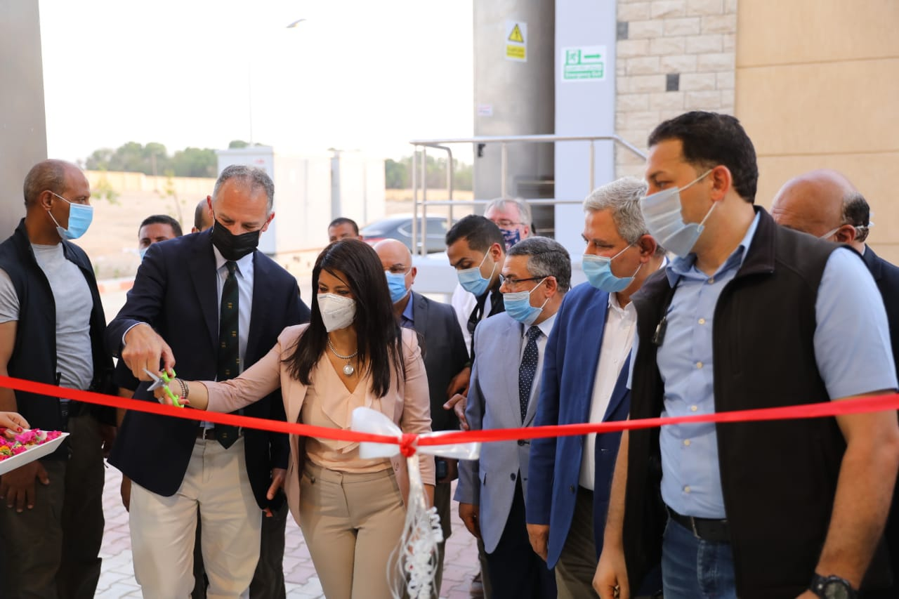 وزيرة التعاون الدولى تفتتح توسعات محطة معالجة مياه الصرف بالأقصر (6)