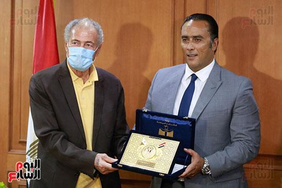 وزير الرياضه (78)