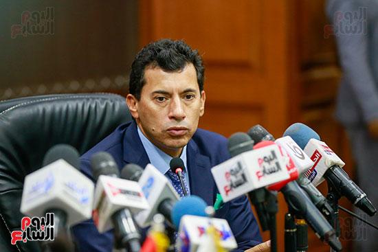 وزير الرياضه (23)