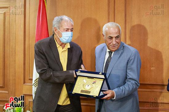 وزير الرياضه (75)