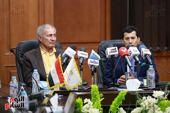 وزير الرياضه (64)
