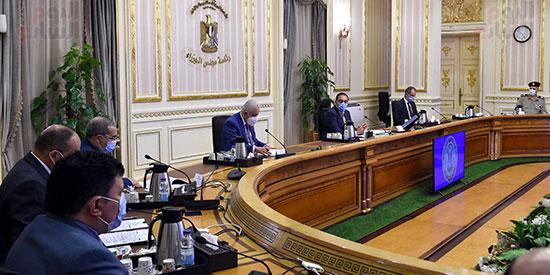 اجتماع بشأن توطين صناعة التابلت فى مصر   (2)