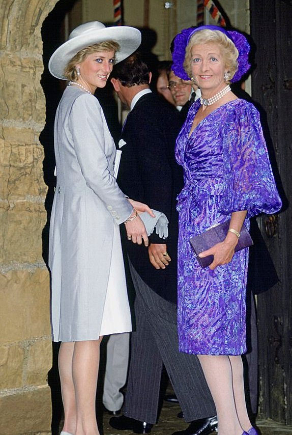 الأميرة ديانا ووالدتها