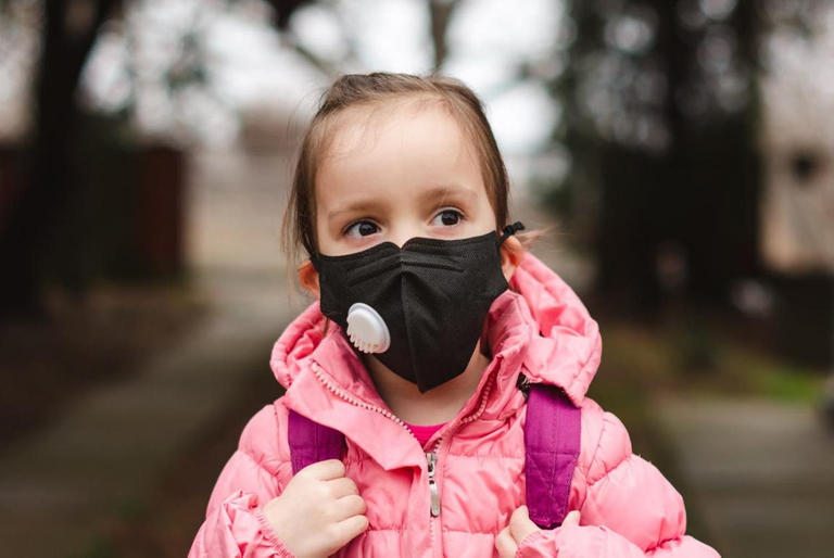 127-182111-mask-schools-students-coronavirus-6