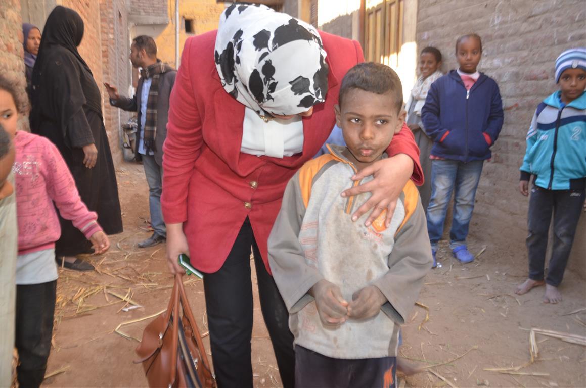 كيف دعمت مبادرة حياة كريمة بالأقصر 3 قرى  (5)