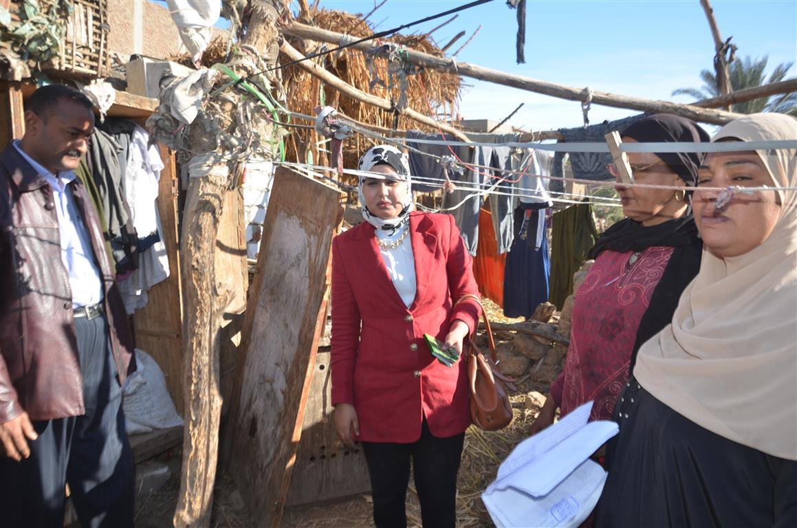 كيف دعمت مبادرة حياة كريمة بالأقصر 3 قرى  (1)