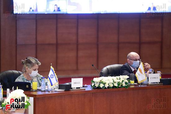 مؤتمر وزارة البترول (16)
