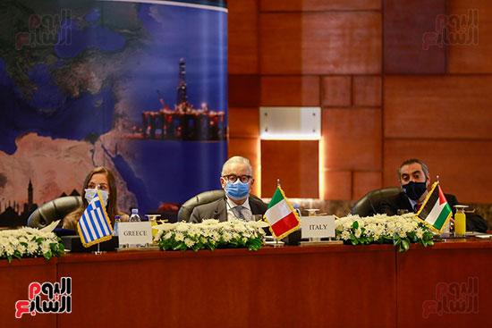 مؤتمر وزارة البترول (7)