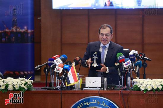 مؤتمر وزارة البترول (9)