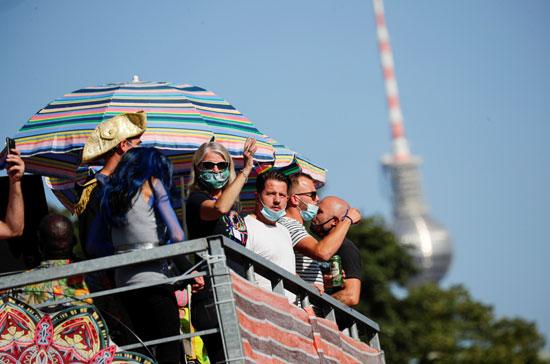 2020-09-21T132753Z_1084656521_RC213J9M46HO_RTRMADP_3_GERMANY-PROTEST