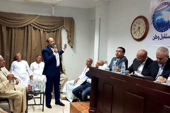 لقاء مطول مع أصحاب مصانع الطوب بقرية أطفيح (2)