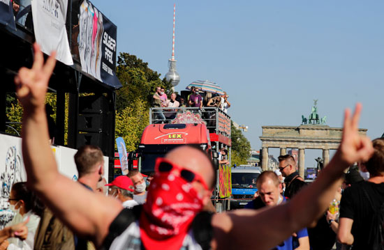 2020-09-21T133651Z_47548534_RC213J9SQCPT_RTRMADP_3_GERMANY-PROTEST