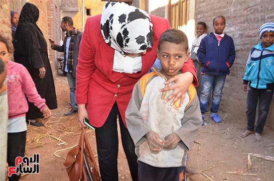 المبادرة-الرئاسية-حياة-كريمة-قدمت-91-مليون-و150-ألف-لدعم-3-قري--(14)