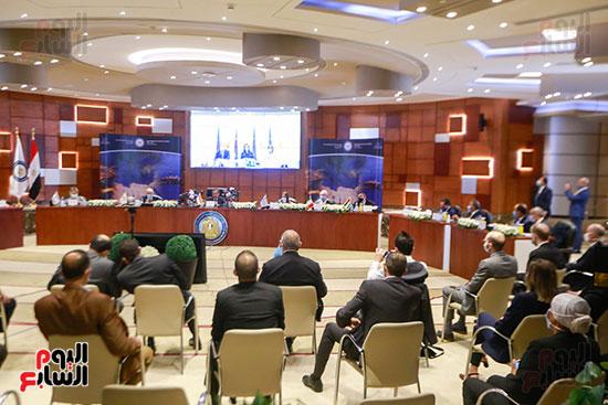 مؤتمر وزارة البترول (15)