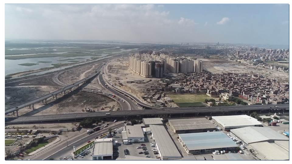 بشاير 2 و أسفلها المناطقالعشوائية الجارى نقل سكانها