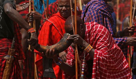 حفل تنصيب المحاربين إلى شيوخ في كينيا