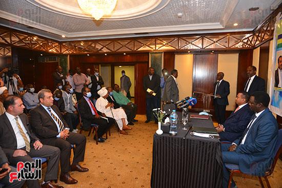 توقيع مذكرة تفاهم بين حركة جيش تحرير السودان (5)