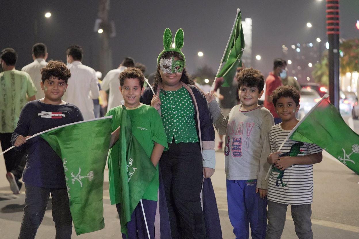 احتفالات السعوديين باليوم الوطني الـ 90 الأربعاء