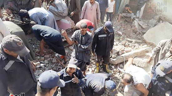 حادث انهيار منزل بسوهاج (4)