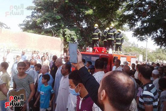 جنازة عسكرية مهيبة لشهيد الواجب  (2)