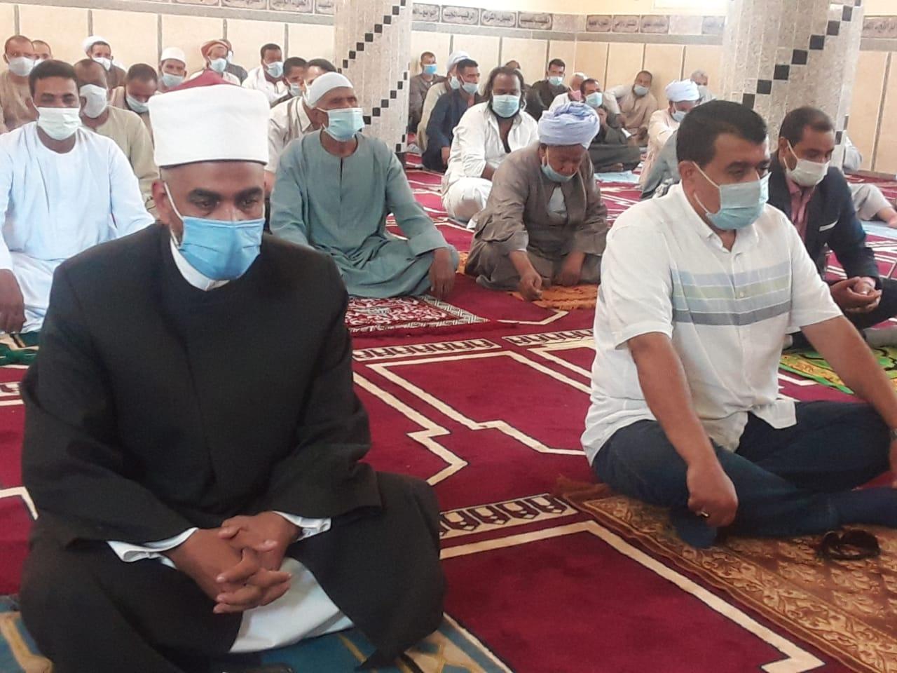 افتتاح 3 مساجد جديدة بمحافظة أسوان (2)