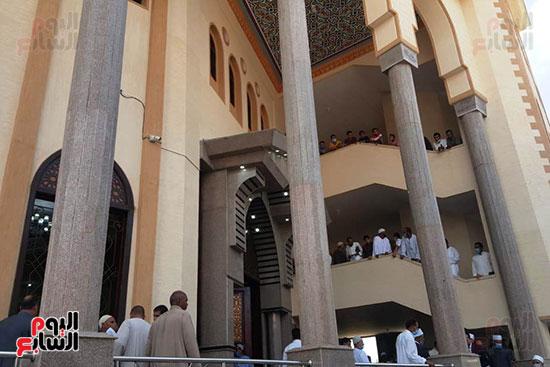 وزير الأوقاف ومفتى الجمهورية يفتتحان مسجد التقوى بالبحيرة