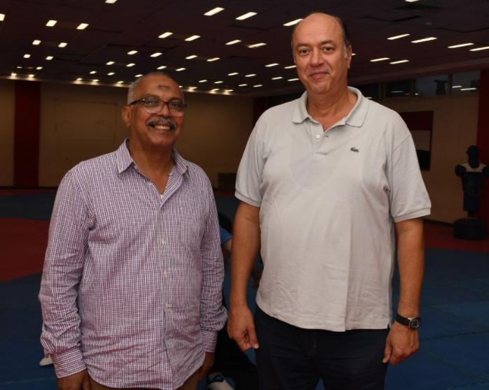 رئيس المركز الاولمبى مع رئيس التايكوندو
