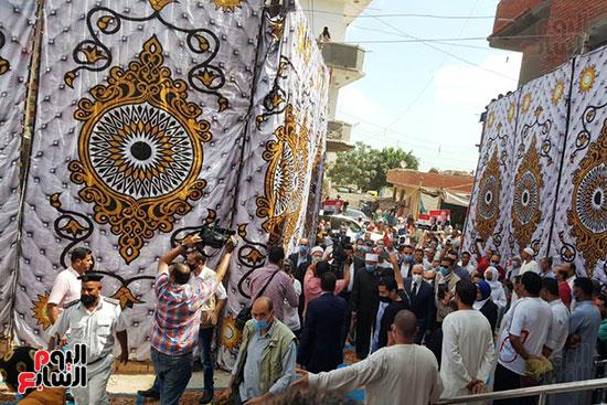 وزير الأوقاف ومفتى الجمهورية يفتتحان مسجد التقوى بالبحيرة 4