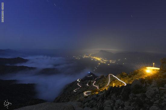 منظر السحب ليلا