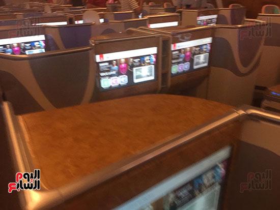 اليوم السابع على متن أكبر طائرة ركاب فى العالم (7)