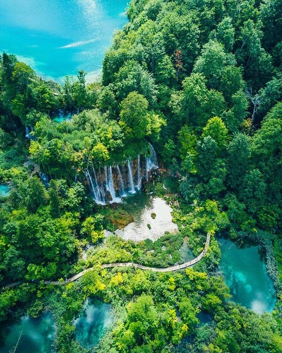 منتزه بحيرة بليتفيتش الوطني (كرواتيا) على انستجرام
