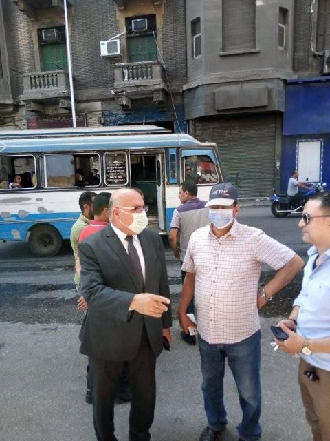 متابعة نائب محافظ القاهرة لاخماد حريق بالوايلى (3)
