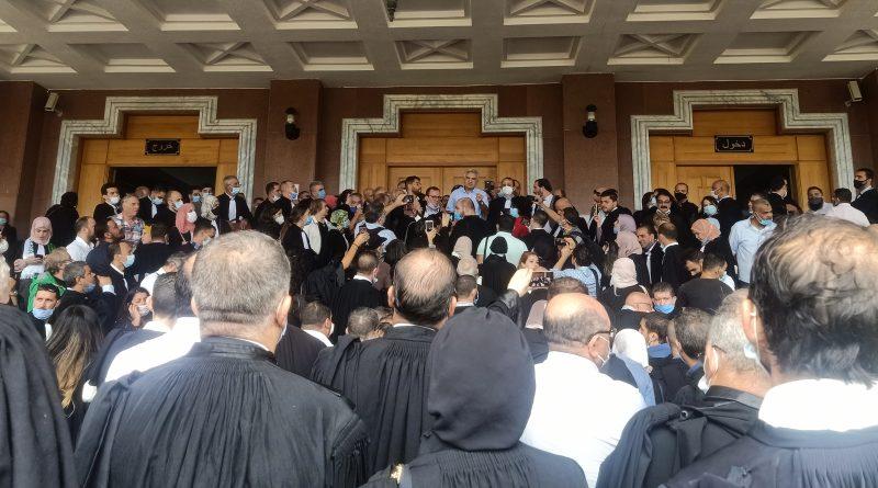 وقفة إحتجاجية للمحامين أمام مجلس قضاء الجزائر