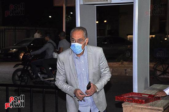 الفنان محمد أبو داود يؤدى واجب العزاء