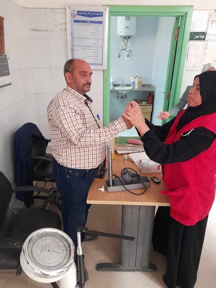 مبادرة 100مليون صحة تجوب مراكز منفلوط وأبوتيج  (7)