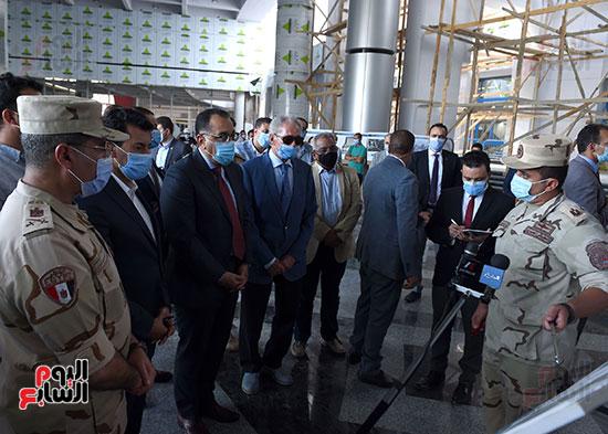 أعمال تطوير مجمع الصالات المغطاة باستاد القاهرة الدولى (2)