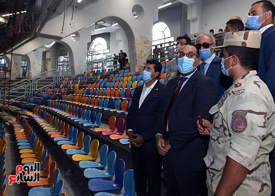 أعمال تطوير مجمع الصالات المغطاة باستاد القاهرة الدولى (5)