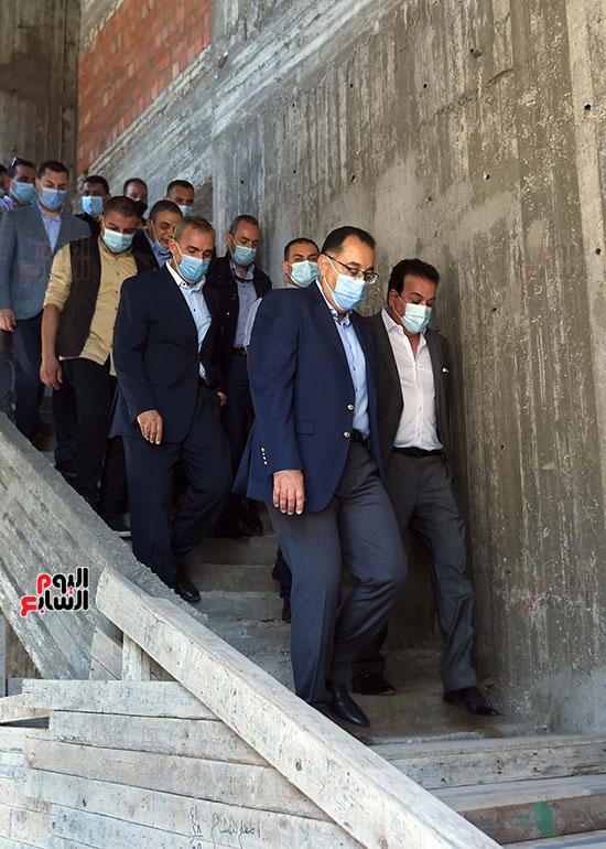 جولة رئيس الوزراء مصطفى مدبولى (15)