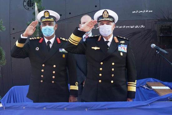 القوات البحرية (4)