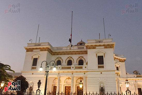 مجلس النواب ينكس العلم حداداً على رحيل أمير دولة الكويت (2)