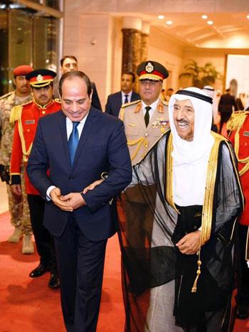 48432-السيسى-فى-الكويت-(4)