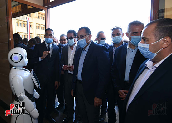 جولة رئيس الوزراء مصطفى مدبولى (18)