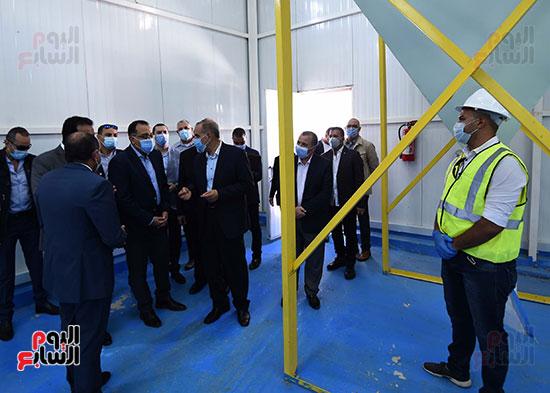 جولة رئيس الوزراء مصطفى مدبولى (8)