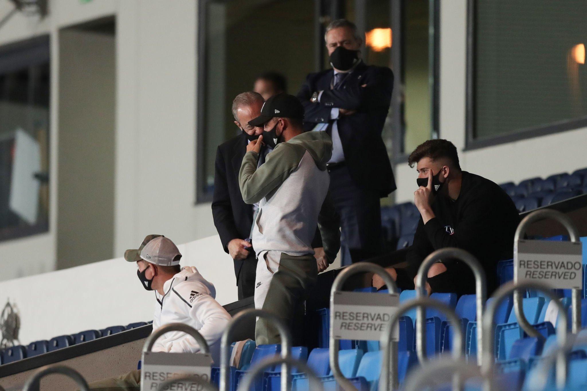 حوار بين بيريز رئيس ريال مدريد وهازارد