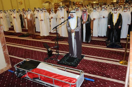 صلاة الجنازة على جثمان الشيخ صباح