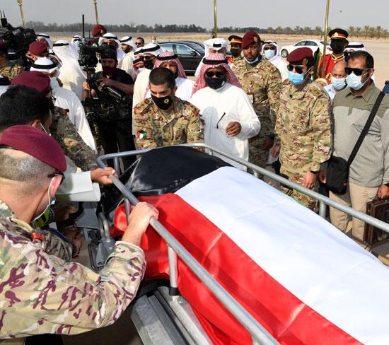 نقل جثمان الشيخ صباح الأحمد