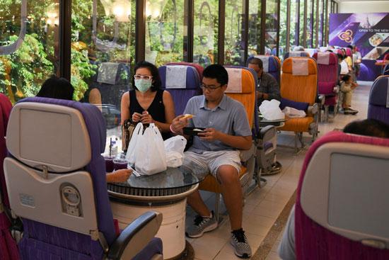 عشاق السفر على الخطوط التايلاندية وجدوا ضالتهم فى المطعم
