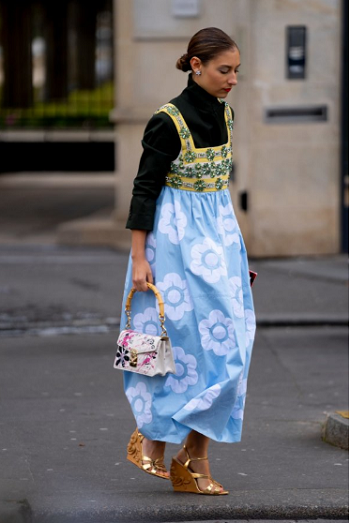 الفستان الفلوري