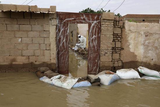 منزل حوصر بالمياه من كل اتجاه
